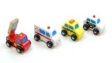 4er Set Mini Autos / Fahrzeug-Set bestehend aus: Feuerwehr, Krankenwagen, Taxi und Polizei / Material: Holz / Länge: ca. 8 cm -