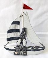 Deko Segelboot Boot Schiff Holz mit Fisch und Fischernetz Höhe 21cm -